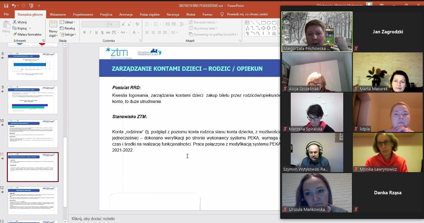 Zdjęcie pokazuje zrzut ekranu wykonany podczas spotkania, widać osoby uczestniczące w spotkaniu online i prezentację dotyczącą systemu PEKA.