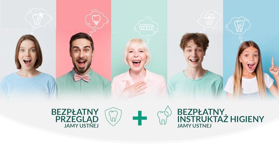 """Grafika przestawia pięcioro uśmiechniętych ludzi w różnym wieku - mężczyzn i kobiety na jasnych tłach. Nad ich głowami widzimy chmurki myśli z obrazkami przedstawiającymi zęby, implanty, sztuczną szczękę, aparat na zęby. Poniżej widać napis """"bezpłatny przegląd jamy ustnej"""" oraz """"bezpłatny instruktaż higieny jamy ustnej"""""""